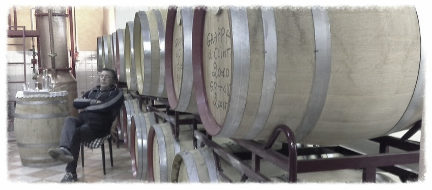 "Aspettando che la grappa invecchi..- waiting for old ""grappa"""